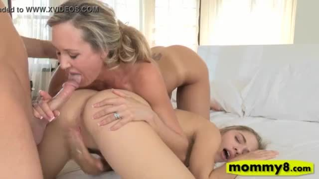 Lia Lor and Brandi Love amazing threeway sex on the bed