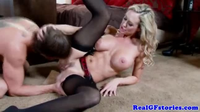 Bigtit housewife loves the taste of cum