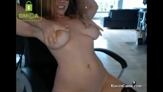 Naughty Hot Milf Camgirl