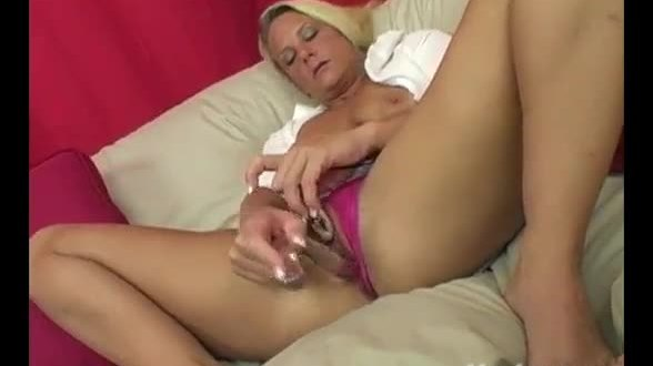Yanks Blondie Niagra Squirting